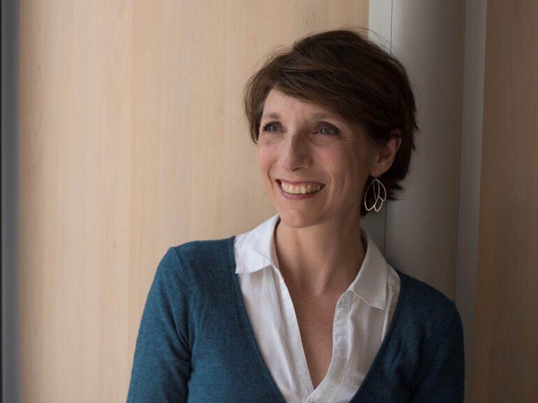 Portrait d'une professionnelle heureuse ! Un article de Laure Caille, coache en image et estime de soi